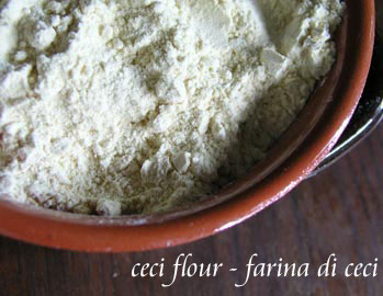 a close up view of garbanzo (ceci) flour
